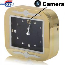 Gyldent ur, med spionkamera